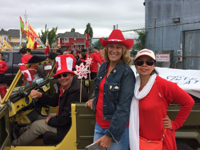 SHS Volunteers ready to join the Steveston Salmon Festival Parade