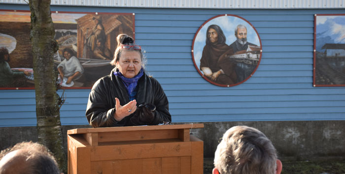 Artist Victoria Oginski discusses the Fisherman's Park Mural